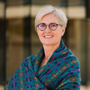 Mary Ellen Turpel-Lafond (Aki-kwe)